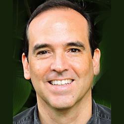Esteban Brenes Vega: Tesorero FAICO