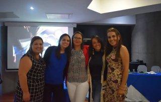 De izquierda a derecha: Karla Salazar, Andrea Montero, Alejandra Villalobos de Faico, Lourdes Gómez de Tactik y Magaly Cordero de Faico.