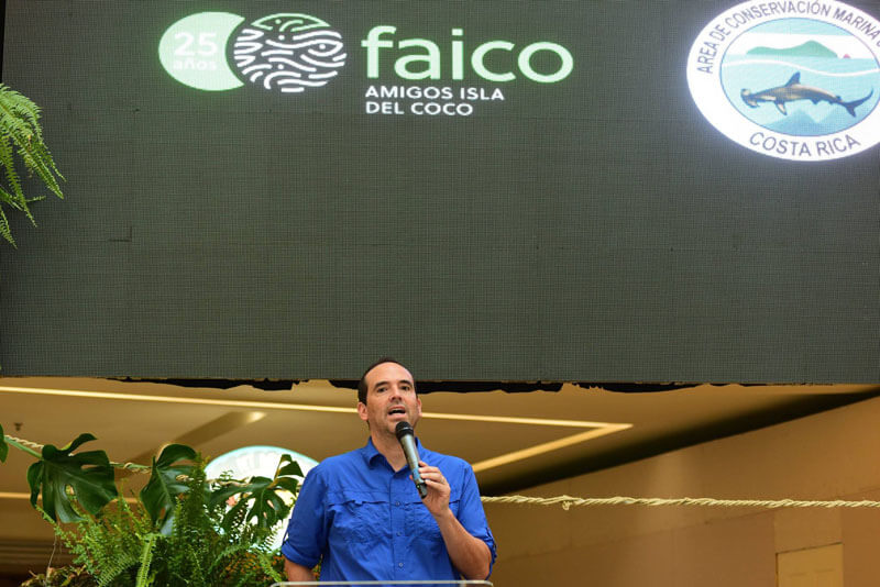Esteban Brenes, Director Faico.