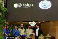 Entrega de reconocimiento a la empresa SC Johnson de Centroamérica por el apoyo a Faico y a la Isla del Coco.
